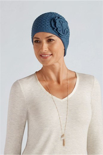 Bellflower Knit Cap