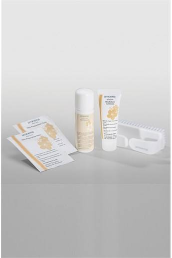 SKIN CARE TRAVEL SET - soothes & softens